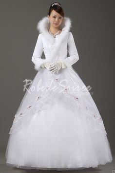 Robe de Mariée Manche Longue-robe de mariée sur mesure, robe de mariage pas chéres,Col montant