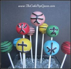Power Ranger Cake Pops also do other superheros... batman superman, wonder woman, haulk, ..