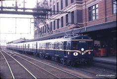 100720: First New Look Harris Train on display. 22 September 1961