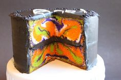 fun Halloween Cake with a surprise inside from @createdbydiane