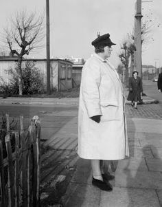 Crossing Guard, London (1962) by Evelyn Hofer