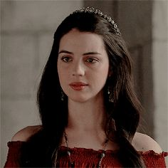 adelaide kane mary queen of scots Reign Mary, Mary Queen Of Scots, Queen Mary, Mary Stuart, Lily Evans, James Potter, Harry Potter, Isabel Tudor, Adelaide Kane Gif