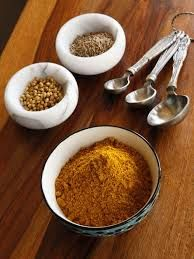 How to make Yemenite hawayej spice blend from scratch using whole spices and seeds or pre-ground spices. Using whole spices provides maximum flavor. Passover Recipes, Jewish Recipes, Indian Food Recipes, Israeli Recipes, Homemade Spices, Homemade Seasonings, Spice Blends, Spice Mixes, Kosher Recipes