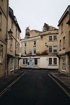 City of Bath, England. By @monalogue on Instagram.