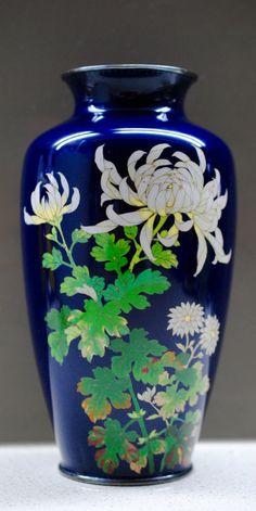 """ANDO 7"""" Meiji Japanese Cloisonne Enamel Silver Wired/Rimmed Floral Baluster Vase"""