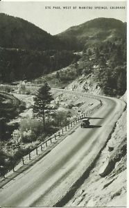 POSTCARD-1930S-OLD-VEHICLE-ON-UTE-PASS-WEST-OF-MANITOU-SPRINGS-CO