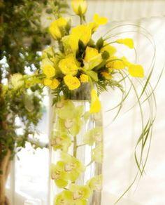 for a spring wedding centerpeice