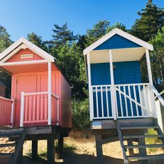 Pretty beach huts at wells. One of my favourite places to be ❤️❤️ and it's only a 15 minute drive from @barndriftwild  We only have 21st & 28th August left to book the whole site.  4 bell tents ⛺️ EARLY CHECK IN from 11am and check out at 4pm. So a very long weekend. 😀  You will have exclusive use of the site including the gorgeous hangar to dine in.  We are in the process of organising Extras which will include: Food hampers by @picnic_fayre  Hot tub hire by @norfolkspaandleisure 🤞 Dinner… Tent Hire, Luxury Glamping, Norfolk Coast, Bell Tent, Pretty Beach, Beach Huts, Back Gardens, Staycation, Wells