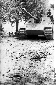 German Jagdpanther tank destroyer in France, Jun 1944