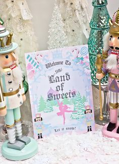 The Nutcracker ballet is a favorite event of many dancers and families. Take a look at these beautiful party displays and be inspired to host your own party.