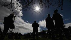 Ini Cara Aman Lihat Gerhana Matahari Total 9 Maret Nanti | Kabar, Berita, Artikel & Hot Gossip - WowKeren.com