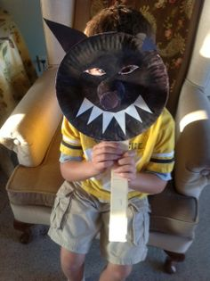 wolf mask: big bad wolf for children's theater Travel Crafts, Camping Crafts, 3 Little Pigs Activities, Wolf Craft, Wolf Kids, Fairy Tale Crafts, Pig Costumes, Wolf Mask, Wolf Costume