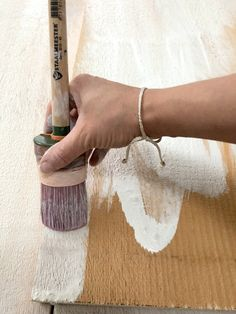 Learn how to white wash wood with Fusion Mineral Paint - this tutorial provides the simple to for how to get this trendy look. wood How to White Wash Wood Chalk Paint Furniture, Furniture Projects, Wood Projects, Chalk Board Paint Diy, How To Whitewash Furniture, How To Whitewash Wood, Whitewash Stained Wood, How To Distress Furniture, Whitewashing Furniture