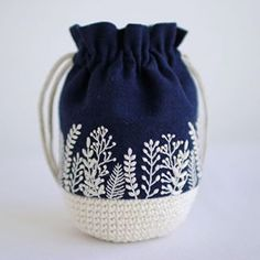 Deep blue background with white embroidery.Deep blue background with white embroidery. Embroidery Bags, Hand Embroidery Stitches, Cross Stitch Embroidery, Embroidery Patterns, Crochet Patterns, White Embroidery, Folk Embroidery, Cross Stitches, Stitch Patterns