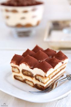 A surprising addition makes this every bit as delicious as the classic Tiramisu, without any of the raw egg dilemma. It's exceptionally good! Cupcake Recipes, Dessert Recipes, Dessert Food, Pumpkin Dessert, Pumpkin Cheesecake, Tiramisu Cake, Sweet Recipes, Delicious Desserts, Sweet Tooth