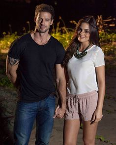 Ximena Navarrete y William Levy. Would Definitely Make the Cutest Couple EVER. William Levi, Levy William, Latino Actors, Hot Actors, Elizabeth Gutierrez, Summer Outfits, Casual Outfits, Gorgeous Men, Beautiful People
