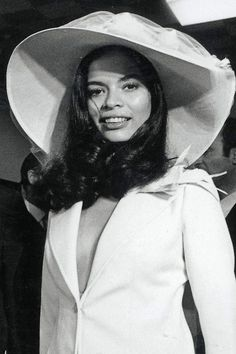 You Need to See the Most Iconic Bridal Beauty Looks of All Time Bianca Jagger, HarpersBA Celebrity Wedding Hair, Wedding Hair And Makeup, Bridal Makeup, Celebrity Weddings, Hair Makeup, Bianca Jagger, Mick Jagger, Wedding Hats, Headpiece Wedding