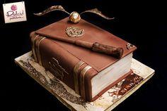 Harry Potter cake by Craftsy member Dolci Pasteleria