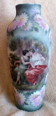 Royal Bayreuth Tapestry Romantic Vase