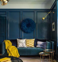 les deux couleurs tendance de cette année bleu canard et jaune moutarde.