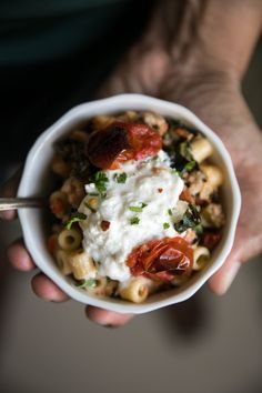 This is a sponsored post in collaboration with Wente Vineyards.As always, all thoughts and opinions are my own. A hard workout, wine and this Creamy Sausage Pasta with Kale and Burrata. Today I'm sharing one of my all-time favorite pasta recipes and a personal look into how I manage the dem