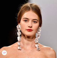 Jewelry details from Badgley Mischka SS18 RTW collection