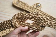 Diy cinturón de cordón de seda dorado