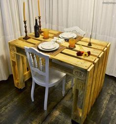 Here this appealing wooden pallet creation will simply amaze you at the first sight. This captivating reused wooden pallet craft is ready to serve in two ways. One as a beautiful rustic pallet wood dining table and second, it will for sure meet the study table requirements of your house.
