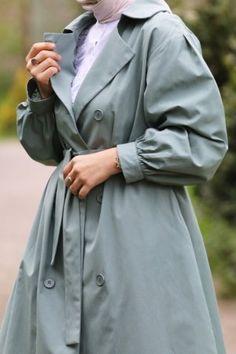 Emin Elif Butik   Tesettür Giyim Modelleri Uygun Fiyatlarla Beautiful Hijab, Raincoat, Jackets, Fashion, Rain Jacket, Down Jackets, Moda, Fashion Styles