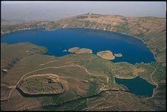 Crater of Tatvan, Nemrut, Turkey Insta Pictures, Old Pictures, Old Photos, Turkey Photos, Kusadasi, Crater Lake, Photo A Day, Istanbul Turkey, Volcano