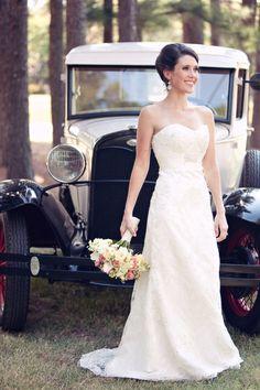 gorgeous wedding dress and hair