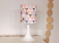 Lampe DIY by Zü free printable... seems it is all in french. Hope I can figure it out they are so cute.