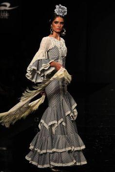 22 Fotos: Simof 2015: Loli Vera Fishtail, Trumpet, Mermaid, Bohemian, Dresses, Style, Fashion, Strong, Sevilla
