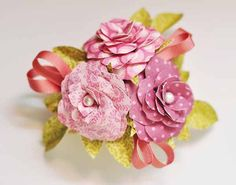 Create this beautiful corsage for your Mother using the Mother's Day 3D Corsage, a #Cricut Craft Room Exclusive!