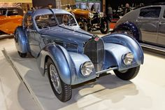 Janwib.blogspot Oldtimers en Meer : Bugatti 57 Atlanta van 35 Miljoen Euro (Video)