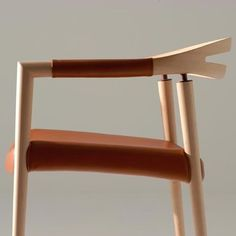 A design that took 3 years to evolve into perfection. This Sola Chair is made with the highest bent-wood techniques, and a unique walnut-joint design.