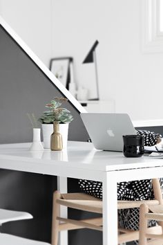 Work from home: office spaces we Study Office, Office Workspace, Office Decor, Home Office, Office Inspo, Office Spaces, Workspace Inspiration, Interior Inspiration, Interiores Design