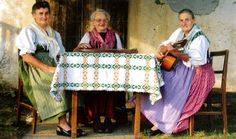 Die Gleichenberger Dorffrauen Bags, Starry Night Sky, Art History, Jokes, Culture, Life, Woman, Handbags, Taschen