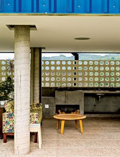 cobogo-mesa-de-centro-concreto-coluna (Foto: Edu Castello/Editora Globo)