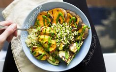 Veggie Buddha Bowl with Grilled Vegetables & Peaches