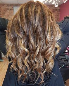Creative Colour, Long Hair Styles, Beauty, Color, Long Hairstyle, Colour, Long Haircuts, Long Hair Cuts, Beauty Illustration