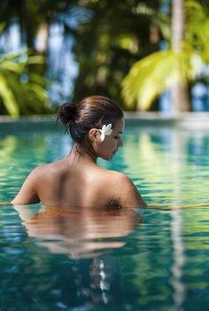 Paradis Tropical, Art Et Nature, Paradise Island, Island Girl, Tropical Paradise, Tropical Vibes, Tropical Style, Tropical Flowers, Belleza Natural