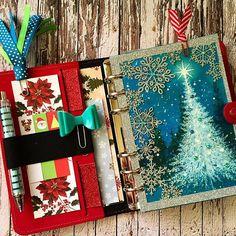 """#christmasdecorating #christmassetup #christmasdecorations #filofax #filofaxlove #filofaxaddict #stationerylove #stationeryaddict #planner #plannerlove #plannernerd #planneraddict"""