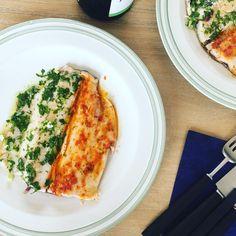 Cotlete de porc la tava Pan Fried Trout, Vegetable Recipes, Macarons, Red Green, Quiche, Zucchini, Fries, Recipies, Vegetables