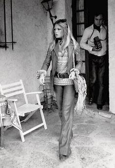 Brigitte Bardot (Jeanloup Sieff in the background).