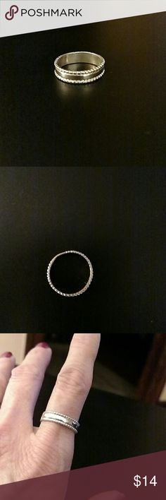 Sterling Silver Ring 925 Sterling Silver Band. Size 7.5 Jewelry Rings