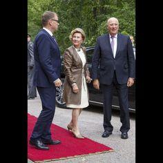 La reine Sonja et le roi Harald V de Norvège avec le Premier ministre finlandais à Helsinki, le 6 septembre 2016