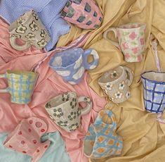 Ceramic Pottery, Pottery Art, Ceramic Art, Pottery Mugs, Pottery Painting, Diy Clay, Clay Crafts, Keramik Design, Clay Art Projects