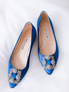 Blue wedding shoes for bride - elegant, flats for wedding day - Find a wedding planner in your city on WeddingWire! {DLG Paris Wedding}