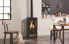 Gazco Vogue Midi T Midline, 3 Sided, Black Glass Lining, Natural Gas, Conventional Flue Stove - Simply Stoves Gas Stove Fireplace, Standing Fireplace, Fireplace Wall, Fireplace Design, Free Standing Gas Stoves, Modern Wood Burning Stoves, Property Design, Gas Logs, Log Burner